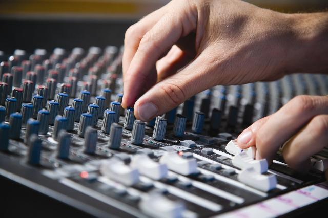 录音师攻略:助你开启音频工程师生涯的15条小贴士.jpg