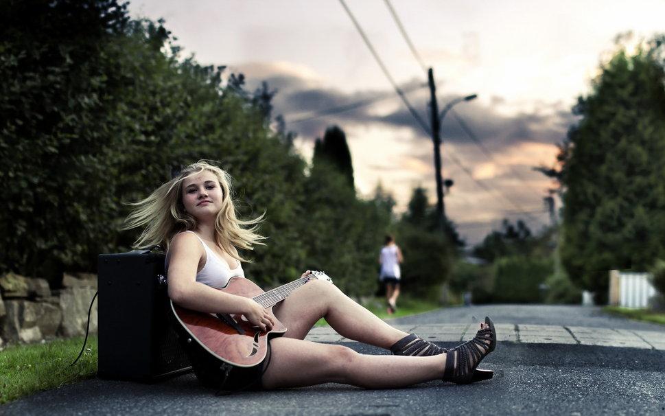 99078__girl-guitar-music_p.jpg