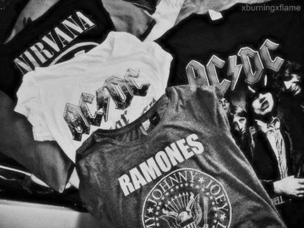 乐队T恤衫.jpg