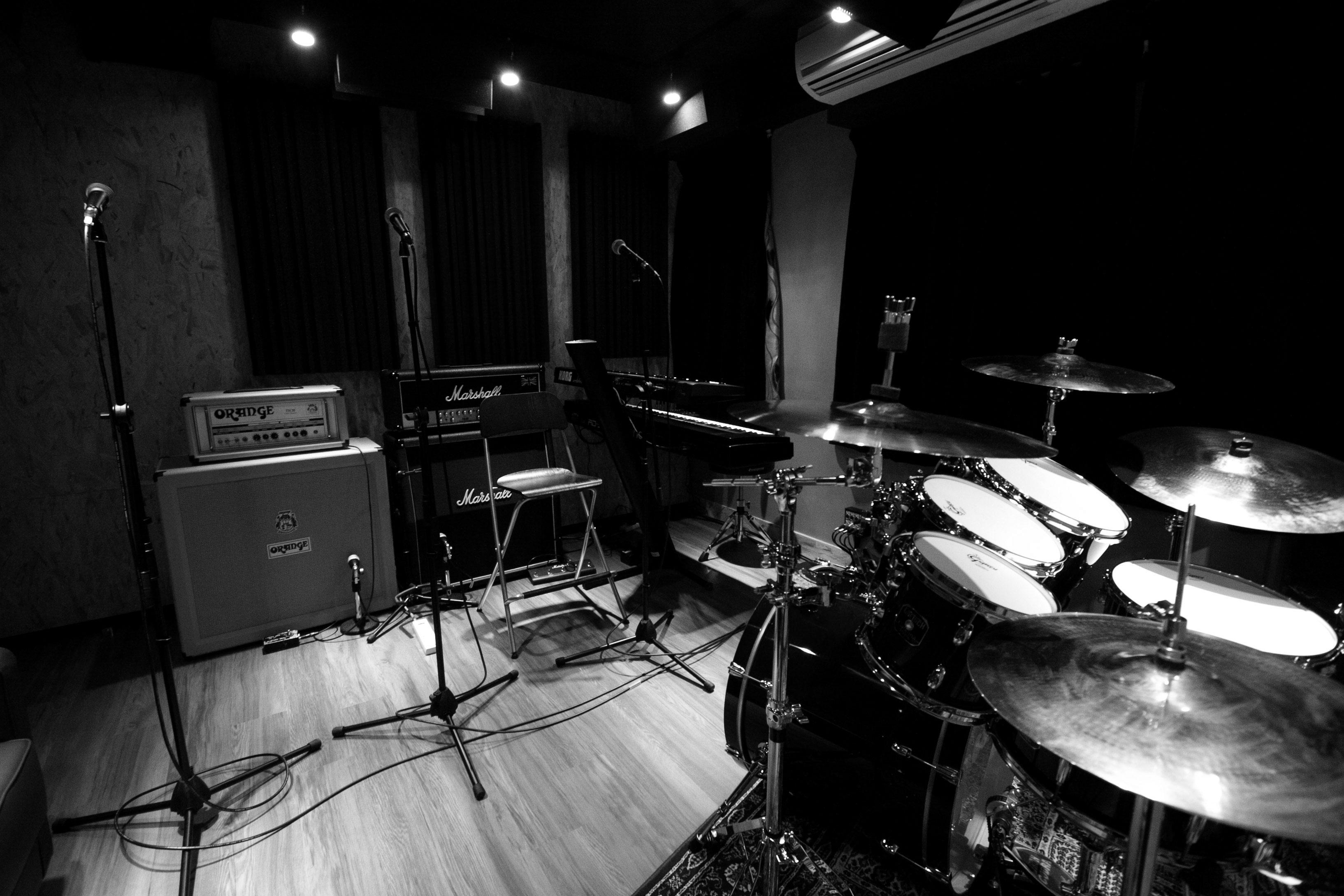 乐队排练室-拨片网-乐队都上的摇滚音乐社区.jpg