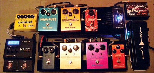 效果器攻略:如何使用用电吉他模拟(假装)其他乐器音色?拨片网.JPG