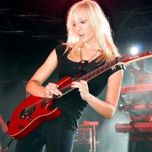 吉他SOLO攻略:让你的电吉他Solo有个拉风的前奏.jpg