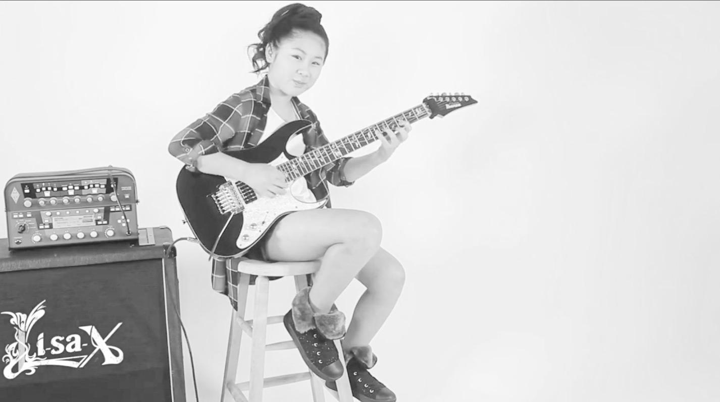 电吉他视频_@_拨片网_Li-sa-X_-_Serendipity_日本_小美女吉他手.jpg
