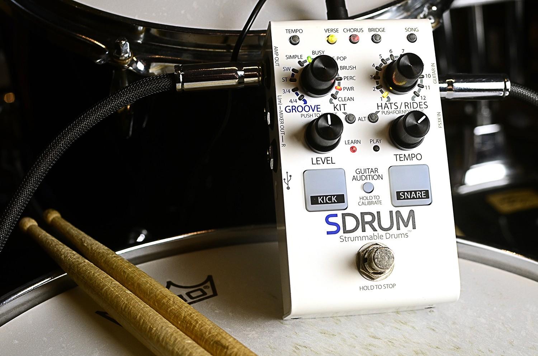 单块效果器_@_拨片网_DigiTech_SDRUM_Auto-drummer_Pedal.jpg