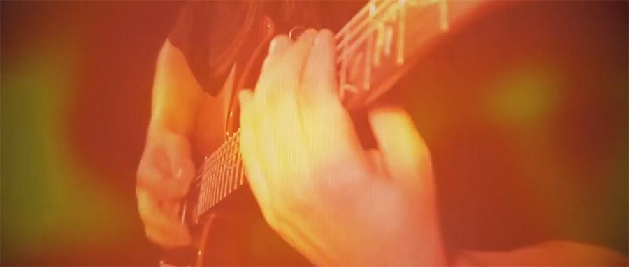 电吉他视频_@_拨片网_アカシックパイロノーツ_少女綺想曲・東方妖恋談.jpg