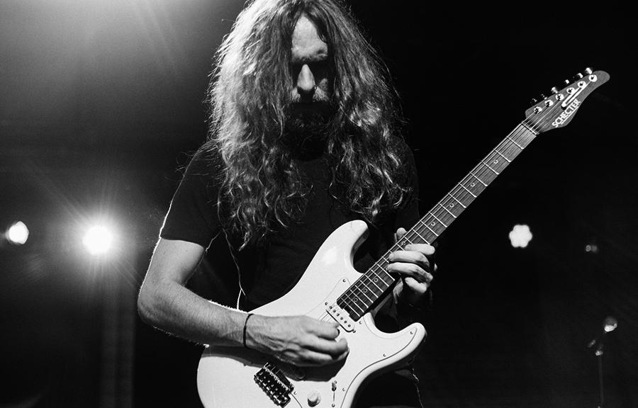 器乐音乐视频_电吉他独奏_SOLO_@_拨片网_Nick_Johnston_Gemini.jpg