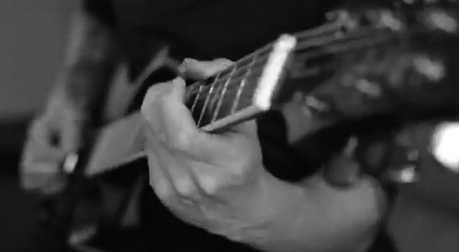电吉他视频_@_拨片网_Periphery_-_Reptile_-_Mark_Holcomb.jpg