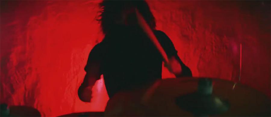 音乐视频_@_拨片网_Northlane_-_Bloodline.jpg