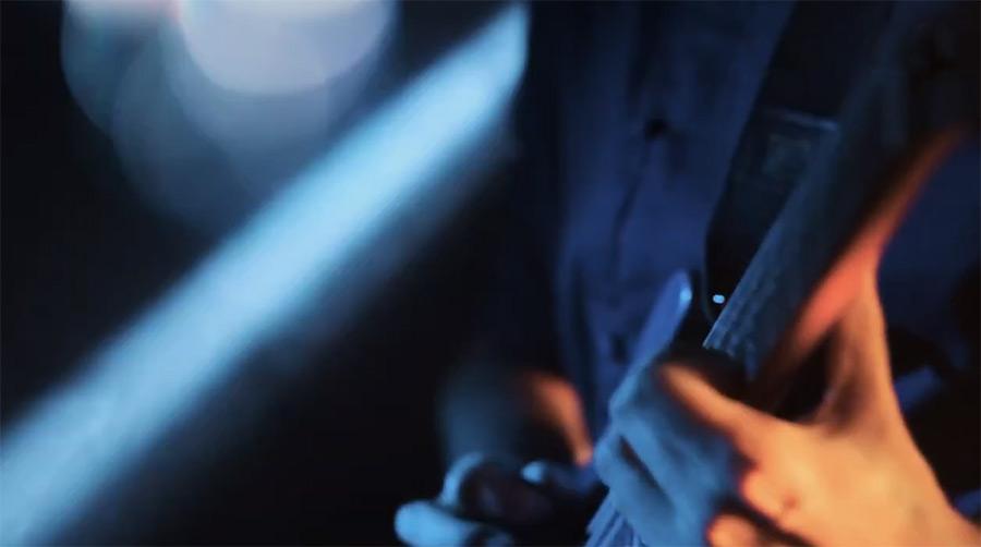 电吉他视频@拨片网Koska_-_Lunar.jpg